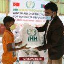 Turken voorzien 45.000 Rohingya-vluchtelingen van voedsel en kleding