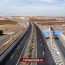 Turkije opent nieuwe brug in Diyarbakır
