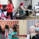 Turkse gouverneur vraagt 2.000 weeskinderen naar hun wensen en dromen, regelt alles