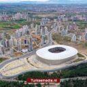 Turkije opent nieuw stadion in Adana