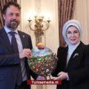 VN eert first lady Turkije