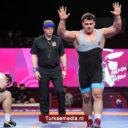 Turkse worstelaar Kayaalp tiende keer beste van Europa