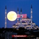 Turkse megamoskee trekt 12 miljoen bezoekers