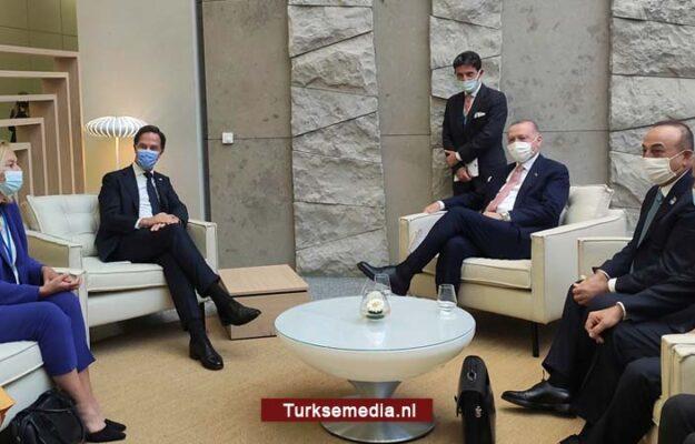 Erdoğan en Rutte treffen elkaar in Brussel