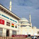 Turkije opent megamoskee en school in Ghana