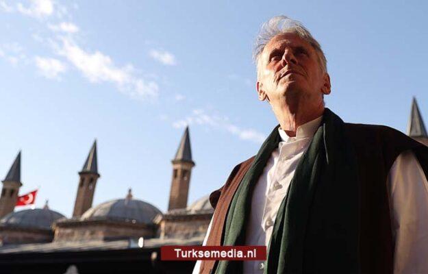 Katholieke priester bekeert zich tot de Islam en verhuist naar Turkije: 'Mijn hart ging open'